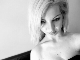 carina07 naked